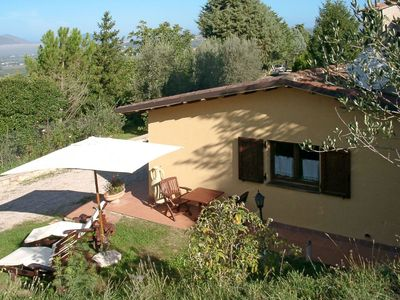 Photo for Lovely apartment for 4 guests with WIFI, A/C, pool, TV, pets allowed and parking