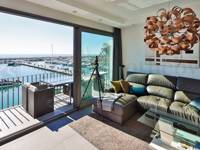 Photo for Luxurious Apartment in first line of Puerto Banús