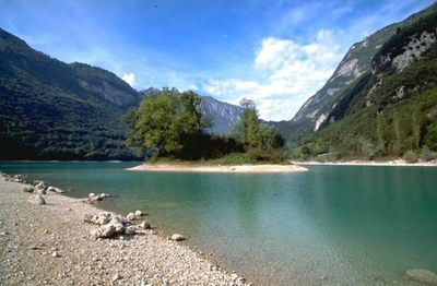 swim and take the sun - lake Tenno - 15 min by walk from the apartment