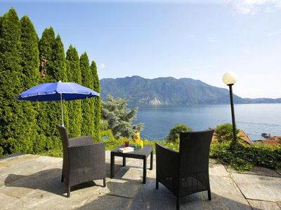 Photo for 1-room house with large sun terrace and fantastic view of the lake