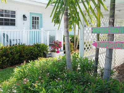 Welcome to Seahorse Beach Bungalows by the sea