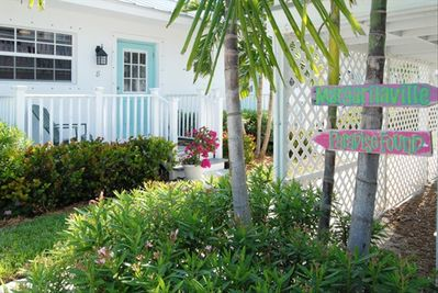 Welcome to Seahorse Beach Bungalow by the sea