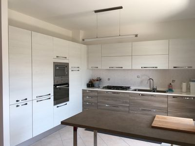 Photo for Large modern apartment near city center, 5mins to the beach and trabocchi!