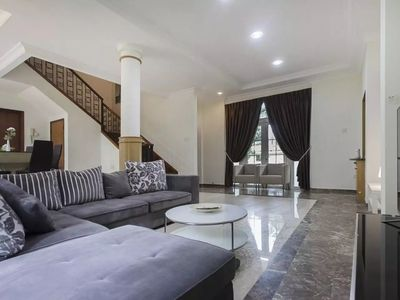 Photo for 6BR Apartment Vacation Rental in Singapore