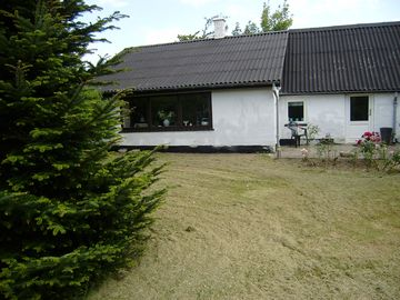 Hesselbjerg. holiday house situated on the 1,500 m2 plot.