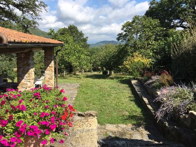 Photo for Quiet room in the country hose 15 minutes from Florence center