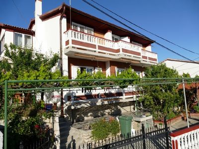 Photo for 2BR Apartment Vacation Rental in Mundanije