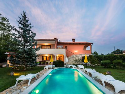 Photo for Luxury villa in the country side of Istria, the best wine and olive oil region