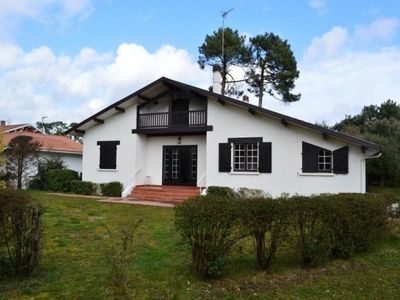 Photo for Villa Capbreton, 4 bedrooms, 10 persons