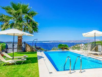 Photo for 3 bedroom Villa, sleeps 6 in Plaka with Pool, Air Con and WiFi