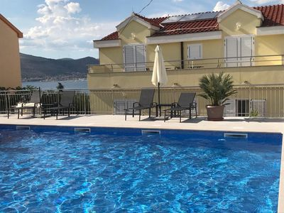 Photo for Family Friendly Apartment 2 Minutes Walk From The Sea