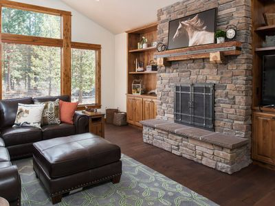 Photo for Families welcome in this stylish Caldera Springs cabin with hot tub
