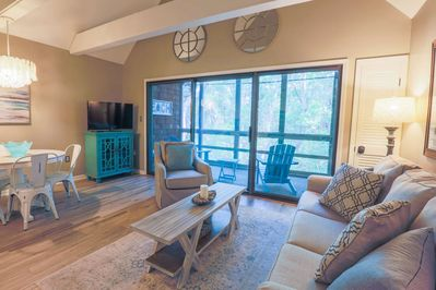 The soothing colors, forest view and high vaulted ceilings make this a perfect setting for a romantic getaway!