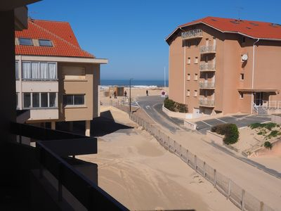 Photo for 1 bedroom apartment 50 m from the beaches, sea view