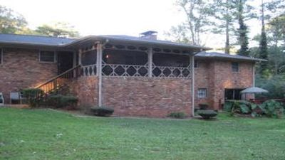 Photo for 6 Bedrooms, 3 Baths, (Sleeps 12)Screened-in Porch