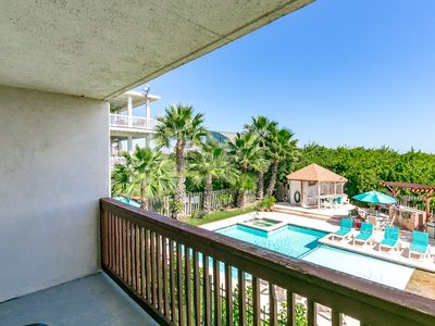 Photo for 1BR Port Aransas Condo in Seabreeze Suites – Walk to Restaurants and Beach