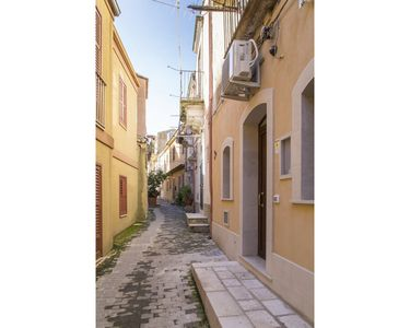 Photo for City  / Village Apartment in Modica with 1 bedrooms sleeps 4