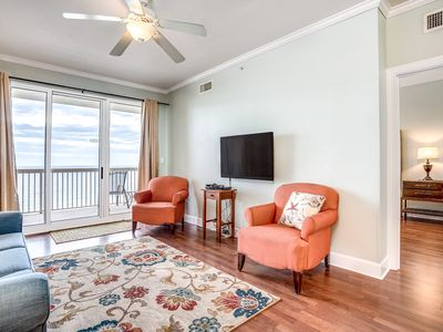 Photo for 12th floor, waterfront condo w/ shared pools, grills, & fitness center