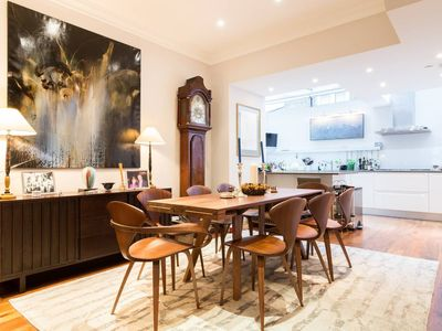 Photo for Stunning, modern 1bed Notting Hill