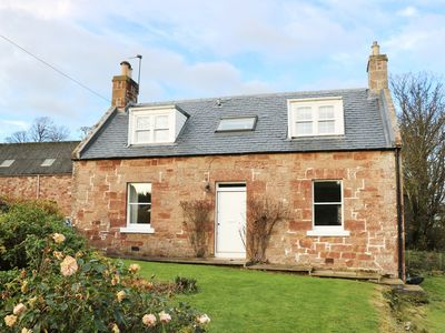 Photo for THE GRIEVES COTTAGE, family friendly in Gifford, Ref 971573