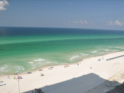 Photo for Affordable luxury! Sleeps 6! Includes cleaning fee, and beach chairs!!