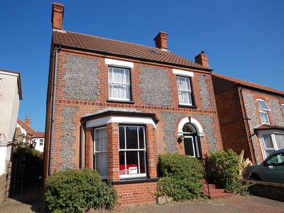 Photo for The Prairie -  a deceptively spacious cottage with parking close to the beach in Sheringham
