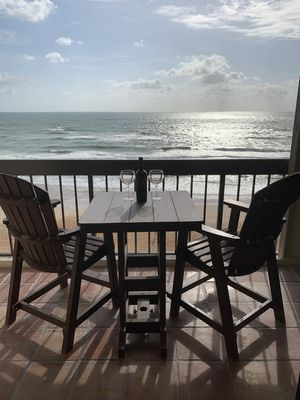 Photo for Chasing Waves, 3/3 - Newly Updated 6th Floor DIRECT OCEANFRONT, No-Drive Beach!