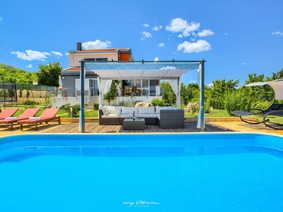Photo for Luxurious villa with pool near Split