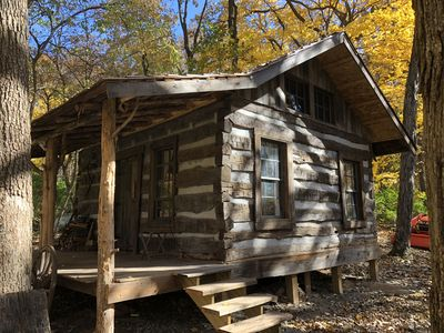 "Ten Acre Treehouse, ""Fort Henry Log Cabin"".  Sleeps 2-4"