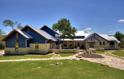 Photo for 6000sf 8 acres near Lake Austin-Sleeps 20+ Perfect for Family/Corp/Group Retreat