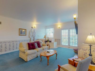 Photo for Gorgeous suite at oceanfront inn w/ jetted tub & gas fireplace - steps to beach!