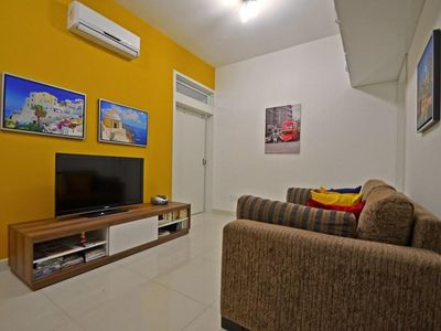 Photo for Renovated 2 bedrooms apartment for 6 persons on the block of the beach!