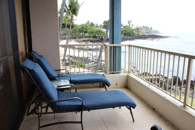 relax with sunset on the lanai.