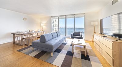 NEW! Supreme Brickell Condo In The Sky, Free Parking/Gym/Pool Area/Steam Rooms