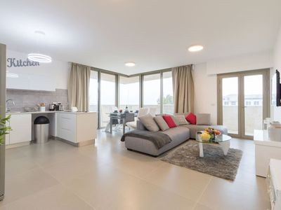 Photo for Fabulous view over the Temple Mount, 2 bedrooms