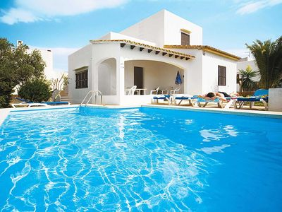 Photo for 3 bedroom Villa, sleeps 6 in Cala d'Or with Pool and WiFi