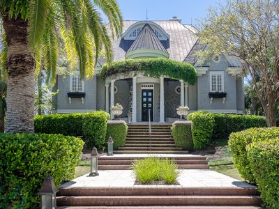 Photo for Spectacular Oceanfront Kiawah Home With Pool And Private Boardwalk To Beach