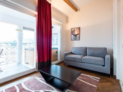 Photo for Beautiful 1 Bed Apt W/Balcony nr Le Suquet