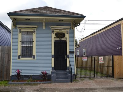 Photo for Pinera's PL...Walking Distance To Frenchmen St. & The French Qtrs. (17STR-11272)