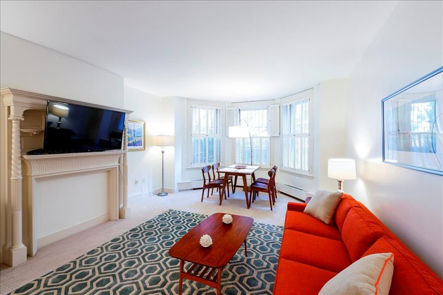 Exceptionnel Back Bay Boston Furnished Apartment Rental   387 Commonwealth Avenue Unit B