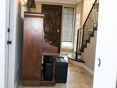 Photo for Houston Galleria 3 story Beautiful Patio Home!