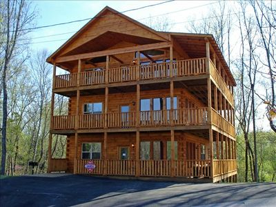 Photo for Beautiful Large Cabin in the Smokies!