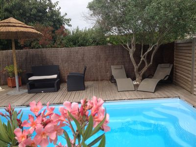 Photo for HOUSE 2 bedrooms with PRIVATE POOL in a quiet area, near the sea and LA ROCHELLE