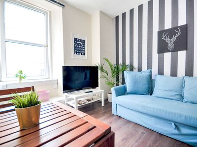 Photo for Cozy central Edinburgh apartment at only 15 minutes walking from the centre.
