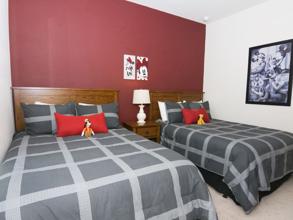 Brand New Townhouse With Rustic Decoration At The West Lucaya Villages