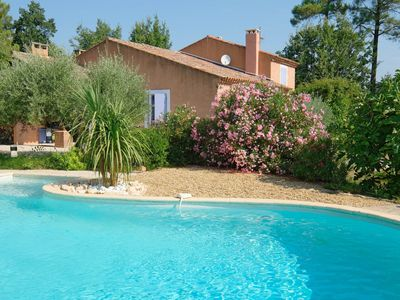 Photo for In Roussillon, beautiful  and spacious villa with swimming pool