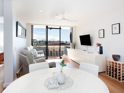 Photo for Relaxed Northern Beaches Apartment With Ocean View