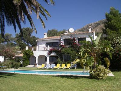 Photo for Beautiful secluded villa sleeps 10