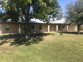 Photo for 5BR House Vacation Rental in Honey Grove, Texas