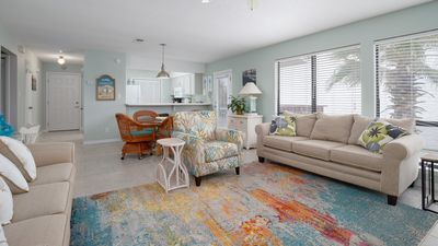Photo for *Snowbirds Welcome* Navarre Beach. Sleeps 6. Steps to Beach. New Furniture.